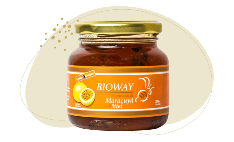 Packaging Passion fruit jam sweetened with honey.