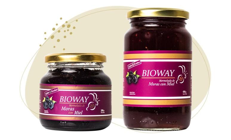 2 packagings of Blackberry jam sweetened with honey.